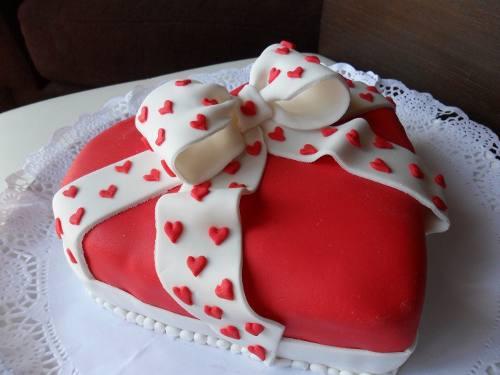tortas-ramos-de-rosas-de-cupcakes-dia-de-los-enamorados-10848-MLV20035014570_012014-O