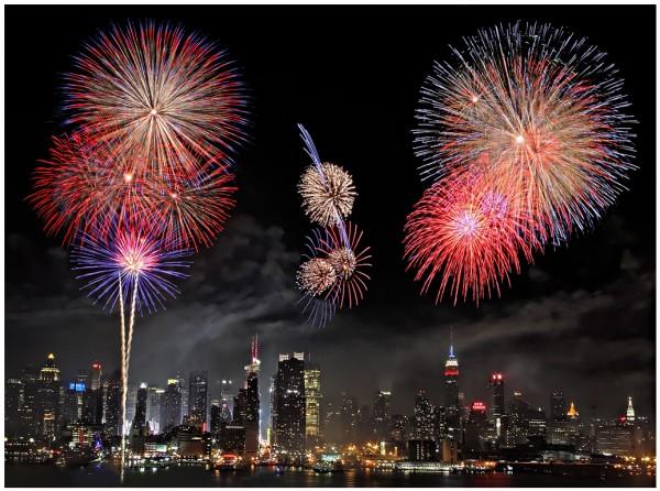 nyc-fireworks-1024-w-border