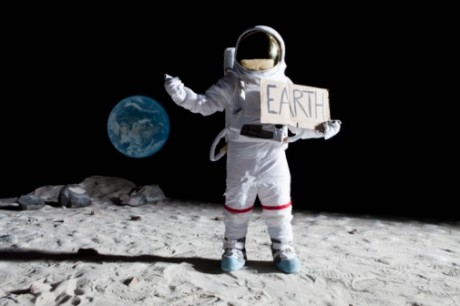 Russia-to-investigate-the-first-steps-of-man-on-the-moon