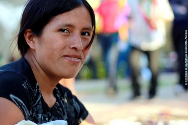 Mujer-joven-indigena_2010ForodelasAmericas
