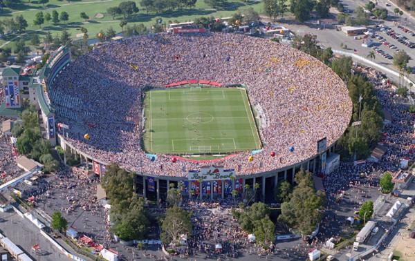 copaamericaestadioRose Bowl Stadium, ubicado en Pasadena, California.Rose-Bowl-Stadium.jpg1