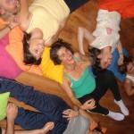 Quien fundo la yoga para la risa?