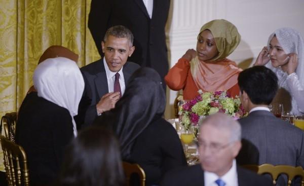 presidente-obama-celebra-cena-por-ramadan-1435046593557