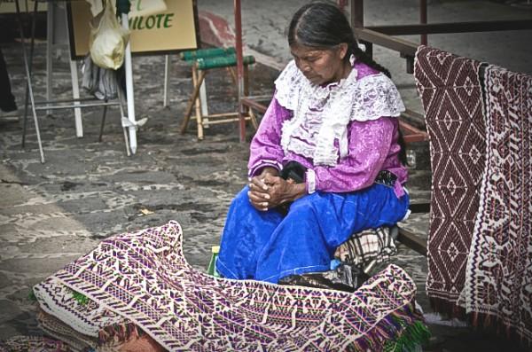 indigenas_ancianos-manu-ureste1