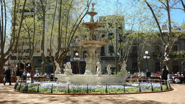plaza-matriz-montevideo-uruguay_0207c044aa845453a120dc33fcfa288f