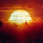 Cuando fue la primer celebracion oficial contra los Ensayos Nucleares?