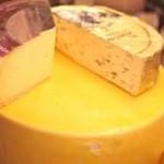 Imágenes del curioso queso que sólo se produce en Suecia