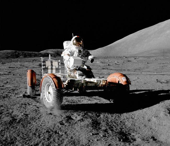 lunael hombre en la luna